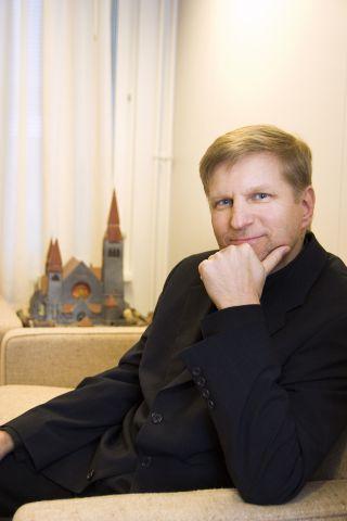 Varapuheenjohtaja, tuomiorovasti Olli Hallikainen