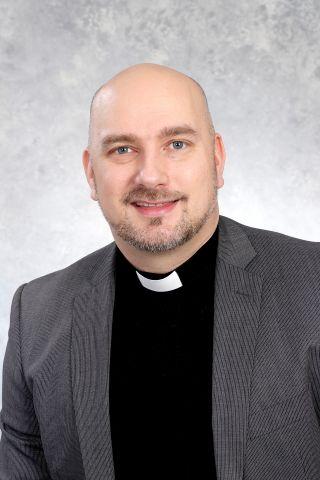 Kuvassa pastori Jukka Vänskä.